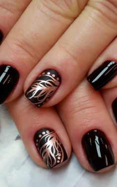Golden feather Nail Art Design / Awe Fashion Success Nails Inspiration