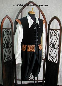 MADE TO ORDER   Mens Renaissance Costume 3 by midnightbreezedesign, $165.00 (This would be really pretty if the maker has a blue brocade for it)