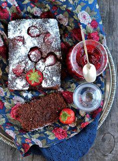 Murzynek z truskawkami Good Things, Cake, Party, Blog, Recipes, Pie Cake, Pie, Fiesta Party, Cakes