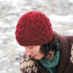 This hat knits up quickly with a bulky yarn and is a good opportunity to practice your cables. The fit is very cozy and will suit a range of head sizes. Make this up as a gift for a gaelic guy or girl. This is a 3-page pattern.