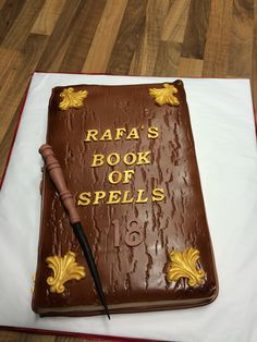 Tarta Harry Potter Spelling, Videos, 2d, Books, Harry Potter Books, Pies, Games, Movies, Libros