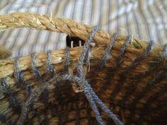 rope, yarn and a hair clip! Rope Basket, Basket Weaving, Making Baskets, Rope Crafts, Diy Crafts, Garden Crafts, Basket Crafts, Blog, Bay Area