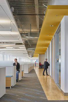 40 Elegant Open Ceiling Office Design Ideas — SP - Home Design Office Ceiling Design, Open Office Design, Open Space Office, Office Workspace, Office Designs, Workplace Design, Small Office, Corporate Interior Design, Corporate Interiors