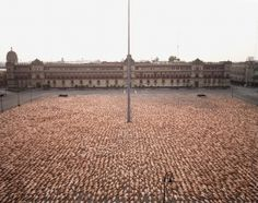 SPENCER TUNICK : installations