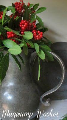 Mugwump Woolies: Red and Greens Christmas Floral Designs, Christmas Flowers, Primitive Christmas, Country Christmas, All Things Christmas, Christmas Wreaths, Christmas Crafts, Christmas Decorations, Holiday Decor
