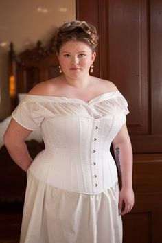 Victorian Corset in Plus Sizes, Steel Boned Historical Costume Corset Bustle Era Belle Epoque Hourglass, Ready to Ship Sizing Plus Size Steampunk, Plus Size Flapper Dress, Plus Size Corset, Belle Epoque, Vintage Outfits, Vintage Clothing, Plus Size Costume, Corset Costumes, 1880s Fashion