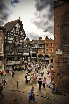 Northgate Street, Chester, England. I absolutely must go to Chester. I get on flickr and weep and pine and sigh over all that mock Tudor black-and-white architecture. (Mark Carline flickr)