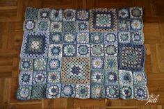 granny square blue blanket, crochet, tak tato deka mala byt vankus, vesta...Ak ju dokoncim, dam vediet. Zatial takto, ukazka pre Zorku... To je lic...