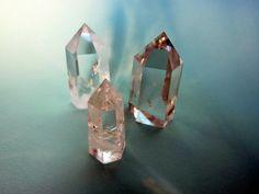 Hey, I found this really awesome Etsy listing at http://www.etsy.com/listing/177335608/quartz-crystal-set-6