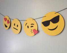 La Original bandera de Emoji, Emoji partido, Emoji pastel de cumpleaños, decoración de la fiesta, Emoji foto stand, apoyos de la foto, Emoji muestra, caca Emoji, habitación adolescente