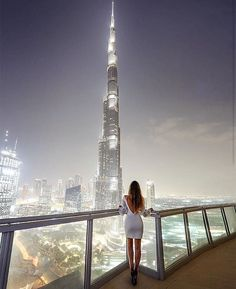 There are thousands of people who come to get job in Dubai City http://www.dubaicitycompany.com