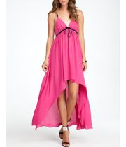Shop online for wide range of collections of western party dresses at Majorbrands.in. For more details visit here: http://www.majorbrands.in/brand/cl_2-c_4028/women/apparel/dresses.html or call on 1800-102-2285 or email us at estore@majorbrands.in.