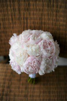 Google Image Result for http://sweetchicevents.com/blog/wp-content/uploads/3-Erica-Rose-Photography-Pink-Peony-bouquet-Vale-of-Enna.jpg