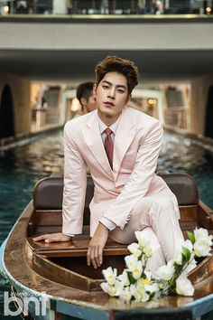 Hong Jong Hyun is a gentleman touring Singapore for 'International bnt' + explains his 'We Got Married' behavior controversy Korean Star, Korean Men, Jonghyun, Lee Min Ho, Asian Actors, Korean Actors, Boys In Groove, Sung Joon, Hong Jong Hyun
