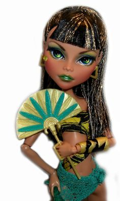 Monster High Gloom Beach Cleo de Nile (owned)