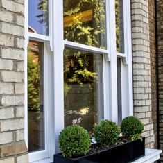 Our timber sash windows in London come in a choice of engineered hardwood or redwood, to ensure strength and durability. Our service is bespoke timber sash windows. Sash Windows London, Engineered Hardwood, Bespoke, Taylormade