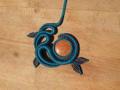 collier macrame avec une pierre semi precieuses jaspe : Collier par manifil