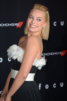 """Margot Robbie's """"Today Show"""" floral outfit reminded us of springtime"""