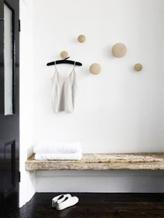 Wall Knobs Hanging