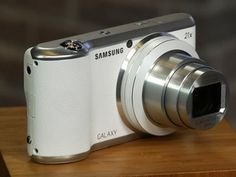 ▶ Samsung's Galaxy Camera 2 safe bet for smartphone shooters looking for a long zoom lens - YouTube