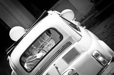 Reportage di nozze di Stefan & Ingrid di Riccardo Bestetti Car Wedding, Wedding Car Decorations, Just Married, Classic Cars, Wedding Photography, Wedding Shot, Vintage Classic Cars, Wedding Photos, Bridal Photography