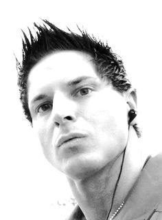 is that a gauge? even betterrr! Ghost Adventures Zak Bagans, Ghost Hunters, Matthew Gray Gubler, This Is Love, Attractive People, Haunted Places, Paranormal, Make Me Smile, In This World