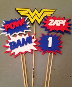 Wonder Woman pc, Superhero party, Wonder Woman Party, Wonder Woman Birthday Party by InspiredbyLilyMarie on Etsy Wonder Woman Birthday, Wonder Woman Party, Birthday Woman, 1st Birthday Girls, Superman Birthday Party, Superhero Party, Kids Party Themes, Party Ideas, Ladies Party