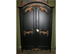 5 Piece Black & Gold Bedroom Set - Check out our website to see the entire set! http://www.highcountry.com/ItemBrowser.aspx?action=attributes&ItemType=Furniture&wcsearch=Shop%20Anne