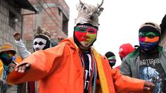 Takanakuy, la polémica tradición de celebrar la Navidad a golpes en Perú - BBC Mundo