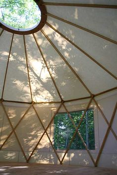 Yurta.ca - yurt with larger latticing