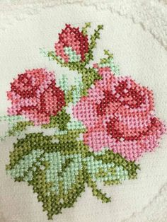 Cross-stitch examples and templates, You can produce really special styles for textiles with cross stitch. Cross stitch models may almost amaze you. Cross stitch newcomers may make the models they need without difficulty. Cross Stitch Letters, Cross Stitch Borders, Cross Stitch Rose, Cross Stitch Samplers, Cross Stitch Flowers, Modern Cross Stitch, Cross Stitch Designs, Cross Stitching, Cross Stitch Embroidery