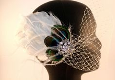 #peacockwedding #weddinghair #fascinator    www.belledebenoir.etsy.com