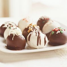 Marshmallow Truffles.. Do not dip if the Chocolate is still hot.. The marshmallow mixture will melt.