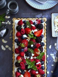 Erdeigyümölcsös-túrós pite Fruit Salad, Waffles, Sweets, Cookies, Breakfast, Desserts, Food, Crack Crackers, Morning Coffee