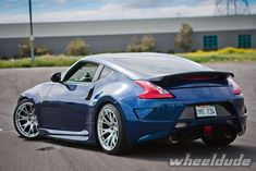 Linea Corse wheels on 2010 Nissan Nissan Z350, Nissan Z Cars, Jdm Cars, Architecture Design, Japanese Sports Cars, Luxury Private Jets, Cadillac Cts V, Reliable Cars, Datsun 240z