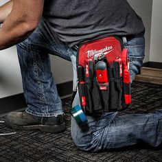 protoolreviewsBe on the lookout for the new @milwaukeetool utility pouches coming next month! Here are a few highlights: -1680D ballistic material construction - up to 5X longer life! -Quick-attach belt loop -Riveted seams - up to 4X stronger! -Utility Pouch has 8 exterior pockets, 1 deep center pocket, and tape strap -Compact Utility Pouch has 7 exterior pockets, elastic bit holder, and tape chain