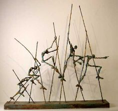 sculpture./Leaping over the hurdles,Venciendo obstáculos, Interesting use of narrative here