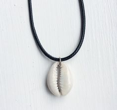 Image of Cowrie Black Choker