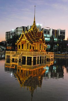 #Bangkok, #Thailand http://en.directrooms.com/hotels/subregion/1-1-3/