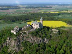 Česko, Kunětická Hora - Hrad Prague, Historical Monuments, Fortification, Czech Republic, Castle, River, Adventure, City, Places