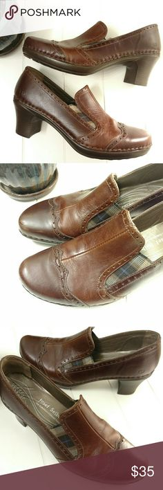 Josef Seibel Leather Plaid Heels Sz 10 (EU 40) Josef Seibel leather heels.  Brown with plaid details.  Nice quality.  Very good Condition.  Some smudges and scuffs. Sz 40 (U.S Sz 10)  Heels are 2.5 in in height.  Blocky heel.  Rubber sole.  No trades. Josef Seibel Shoes