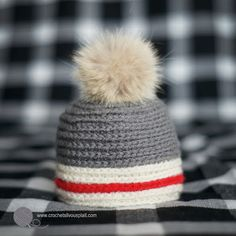 : Tuque pour bébé au crochet, style bas de laine, Sock monkey style baby hat, crochet beanie See other ideas and pictures from the category menu…. Crochet Sock Monkeys, Crochet Kids Hats, Crochet Coat, Crochet Socks, Crochet Beanie, Knitted Hats, Sock Monkey Pattern, Sock Monkey Hat, Crochet Designs