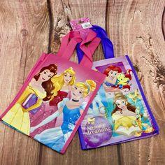 Disney Princess Bags Never Stop Dreaming X 2 New Kids lunch PE swim beach shops Disney Clothes, Disney Outfits, Disney On Ice, Never Stop Dreaming, Princess Zelda, Disney Princess, Kids Bags, New Kids, Girls Accessories