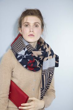 e66d06b9396ea houndstooth camel navy red blanket scarf. made in scotland luxury knitwear. knitted  accessories.