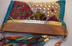REYNALDA Bolsos y carteras de cuero con un diseño innovador y funcional. http://charliechoices.com/reynalda/