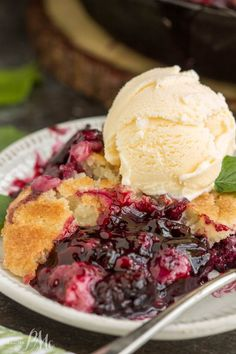 Black berry Cobbler with Brown Butter Topping · Cook Heavenly Recipes - Peach Southern Desserts, Just Desserts, Dessert Recipes, Southern Recipes, Easy Blackberry Cobbler, Blackberry Dessert, Old Fashioned Blackberry Cobbler Recipe, Blackberry Recipes, Fruit Cobbler