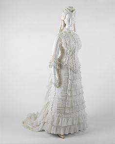 Dress Date: ca. 1880 Culture: American (probably) Medium: cotton Accession Number: 1993.42a, b The Metropolitan Museum of Art