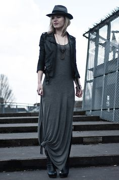 H Jersey Maxi Dress, H Leather Oversized Biker Jacket, H Grey Black Fedora Hat, H Black Leather Overknee Thigh High Boots, By Cleo Black And Silver Chains Statement Necklace Outfits With Hats, Casual Outfits, Casual Dresses, Black Outfits, Estilo Indie, Grey Maxi, Boating Outfit, Dressing, Dress With Boots