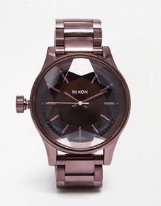 Nixon – Facettierte Uhr in Pflaume