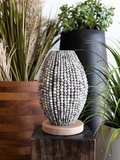 Barrel Beaded Table Lamp is the perfect statement table lamp. #beadedlighting #statementlamp #tabletoplamp #africandecor Interior Design Inspiration, Home Decor Inspiration, Barrel Table, Bedside Table Lamps, Interior Stylist, Luxury Decor, Unique Lighting, Clay Beads, Interior Lighting